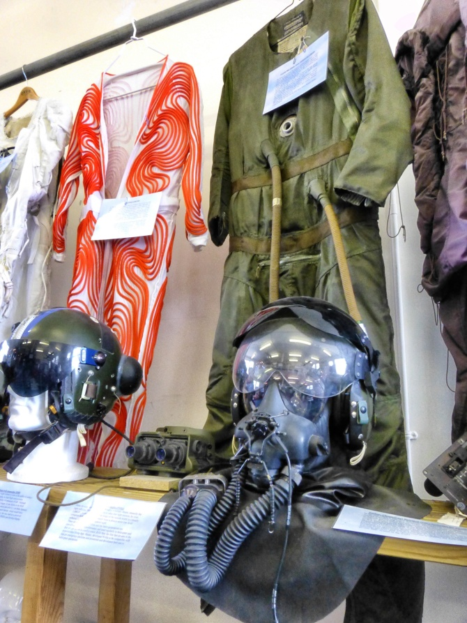 FAST pilot's clothing